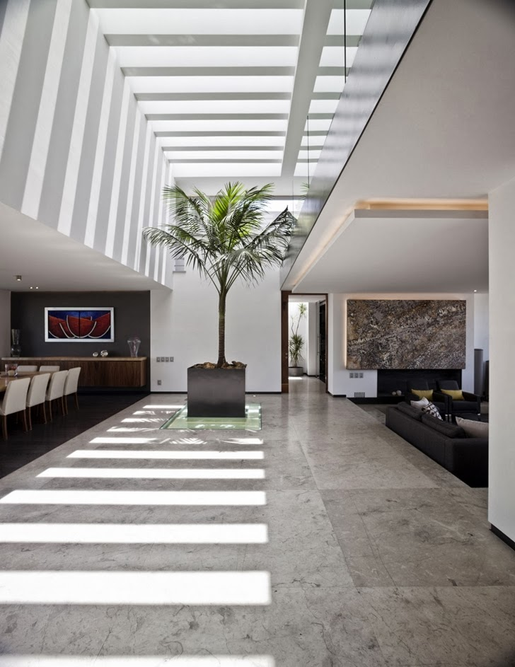 Central atrium in Contemporary Casa Río Hondo in Mexico City