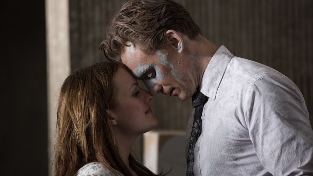 http://fuckingcinephiles.blogspot.fr/2016/04/critique-high-rise.html