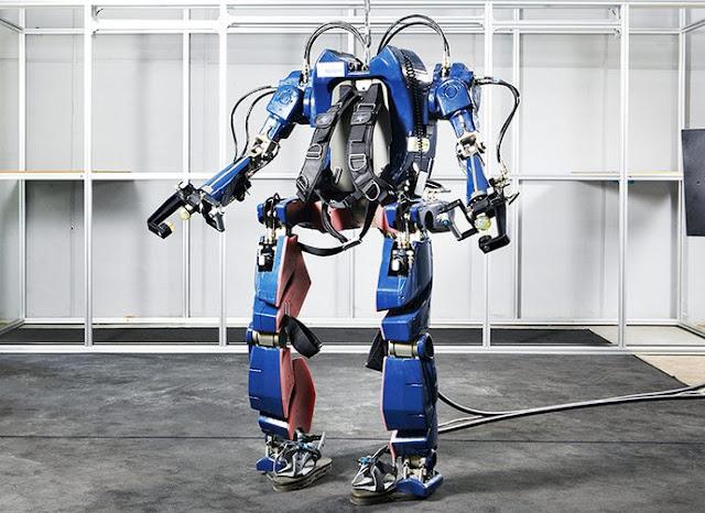 الكشف عن أول روبوت ذكي قابل للإرتداء