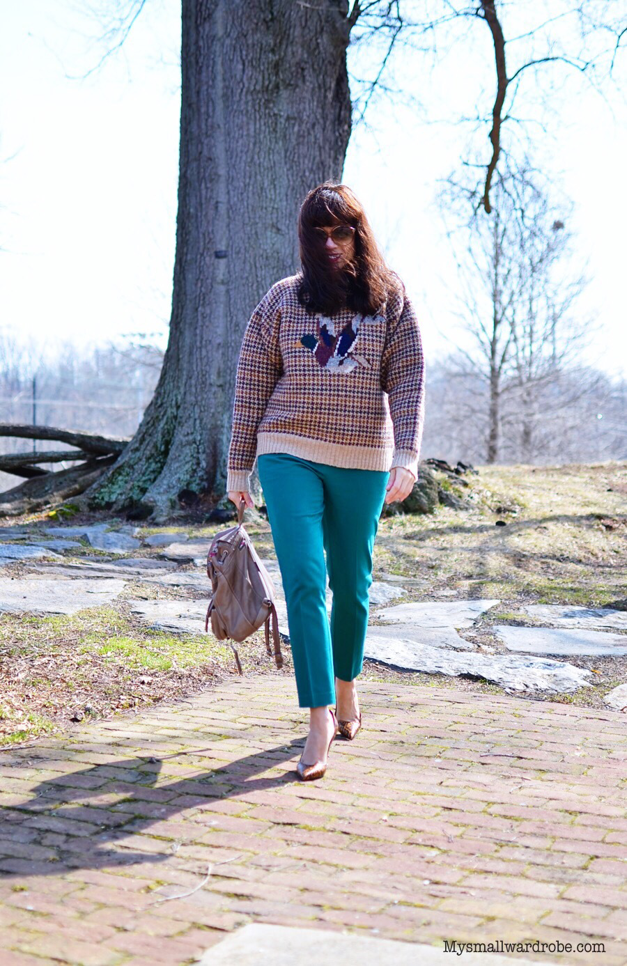 Outfit with houndtooth sweater