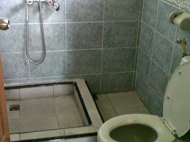 Kamar mandi Villa 0104