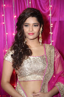 Ritika Sing in Transparent Silver Saree Choli at Zee Telugu Apsara Awards 2017 04.JPG