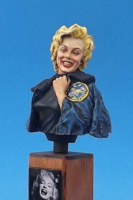 Marilyn Monroe 1/10 - Life Miniatures Marylin%2B5