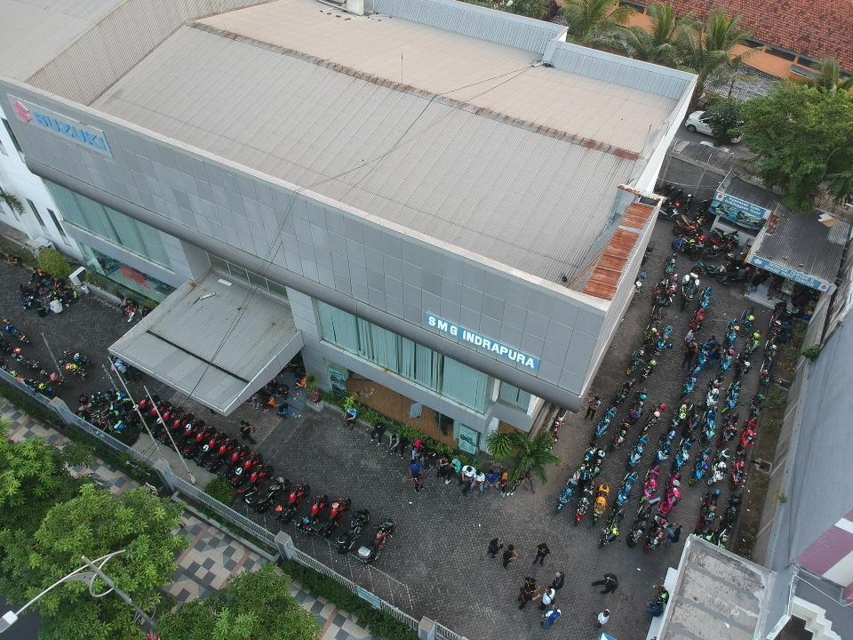 Suzuki Saturday Night Ride, Riding Serempak Sambil Menambah Ilmu Bersama di Surabaya