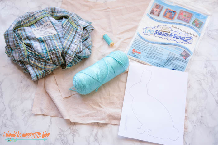 i should be mopping the floor: DIY Frayed Edge Appliqué Pillow
