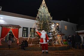 Το Λύκειο των Ελληνίδων Κατερίνης στο Χριστουγεννιάτικο Χωριό του Κόσμου