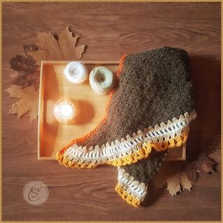 Forest autumn shawl