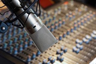 Temer sanciona com veto lei de revisão da radiodifusão