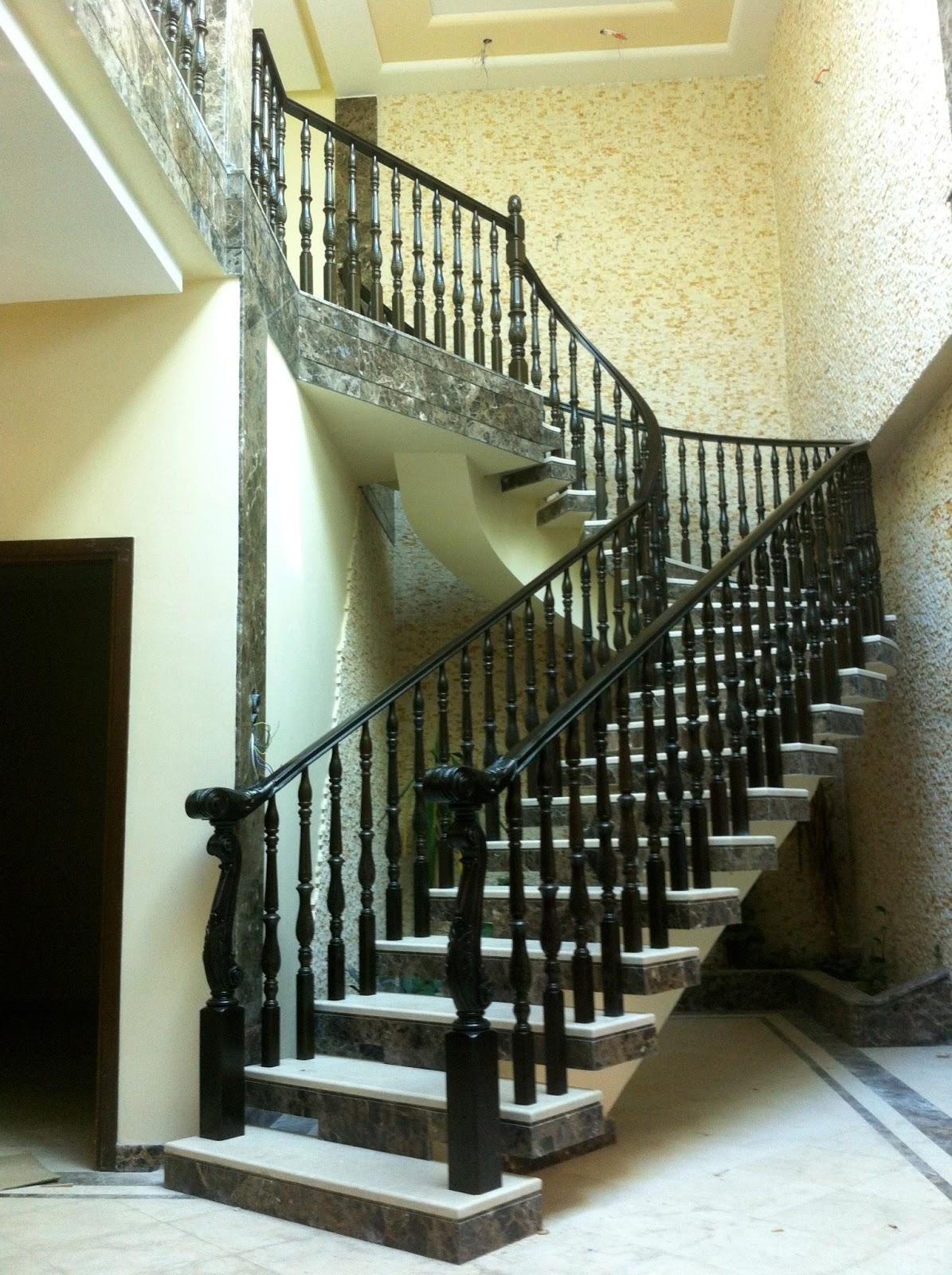 torneados munoz algerie rampes d escalier en bois avec mod 109 oran. Black Bedroom Furniture Sets. Home Design Ideas