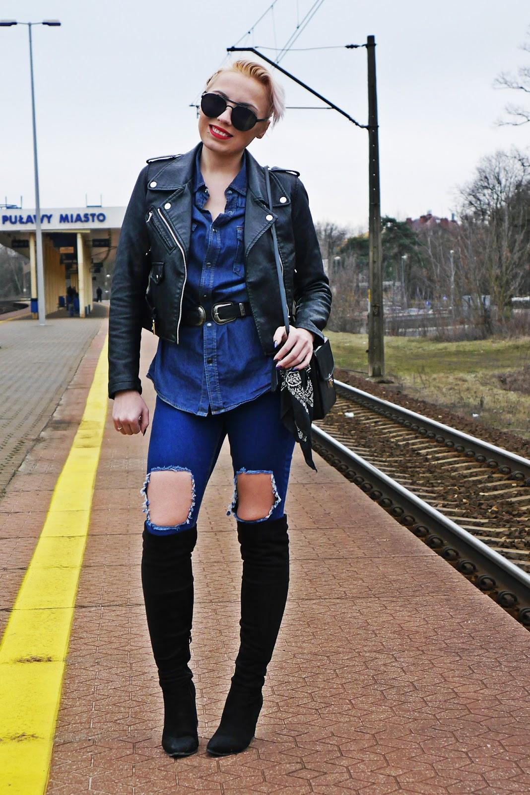 jeansowa_koszula_czarna_ramoneska_kozaki_z_kolano_karyn_look_230217b