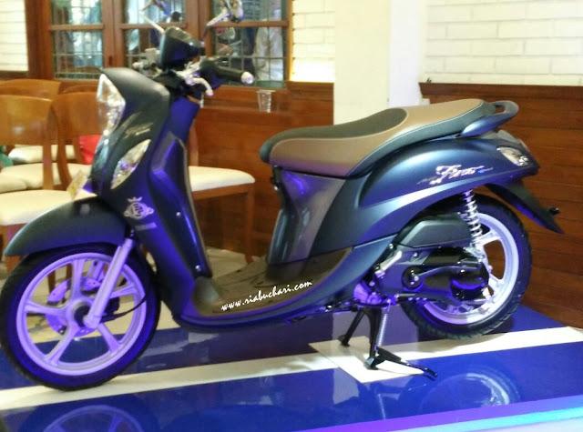 Yamaha New Fino 125 Blue Core, Skuter Matik Untuk Perempuan Yang Ingin Tampil Stylish