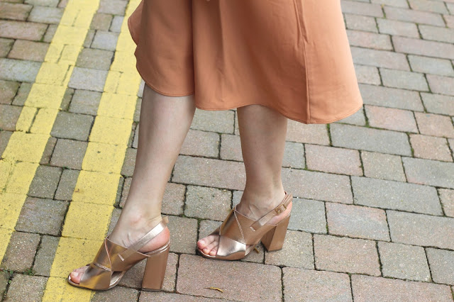 rose gold trend fashion blog
