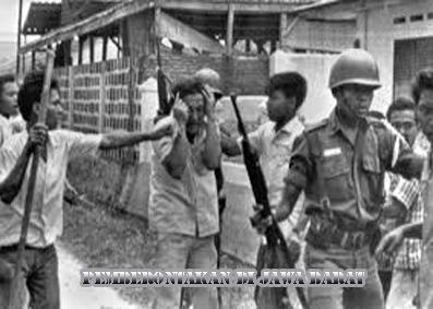 Perlawanan dengan kekerasan di jawa dan pemberontakan PKI