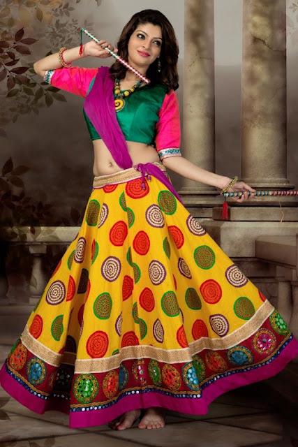 How To Dress Up For Navratri Celebration