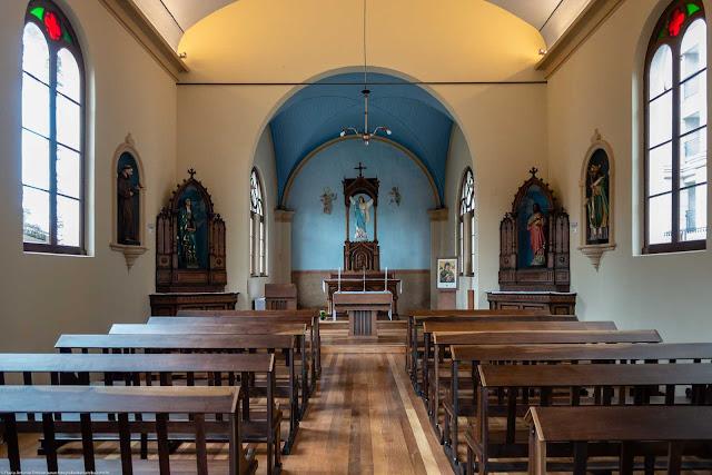 Capela Nossa Senhora da Glória - o interior - vista geral
