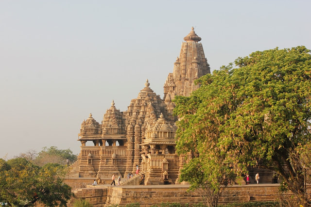 Khajuraho- Spine Tourer