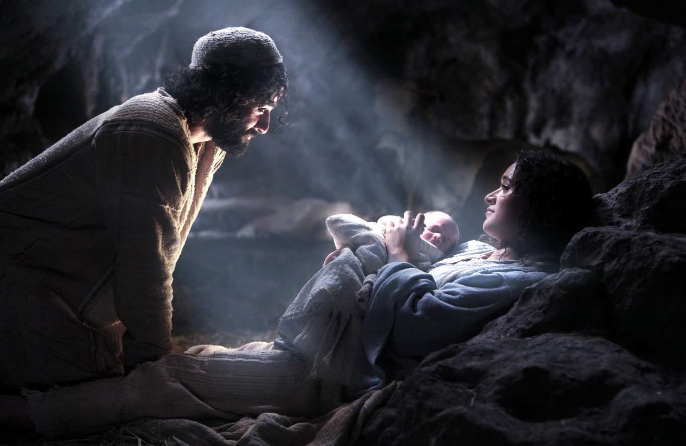 Cross and Cutlass: Merry Christmas Eve!