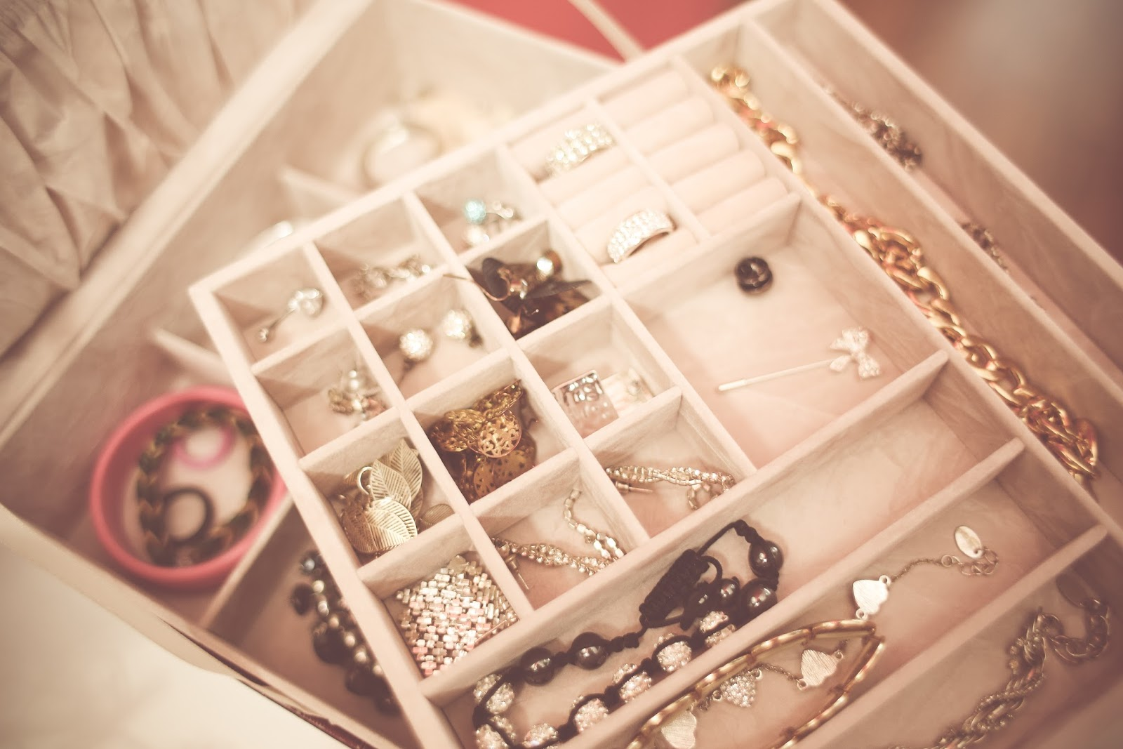 Jewellery Box, Don't Have Piercings or Tattoos, Lifestyle Bloggers, Katie Writes,