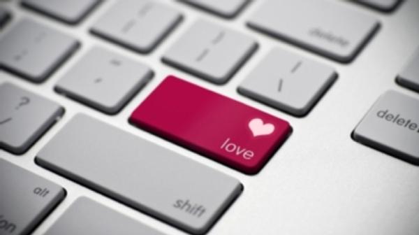 Kenapa Remaja Saling Jatuh Cinta? Inilah Alasan Yang Diutarakan Dr. Zakir Naik.