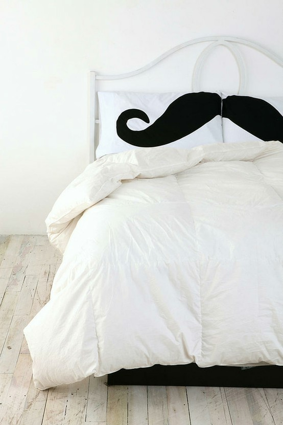 just the bee's knees: Trendy Tuesday ~ The Moustache