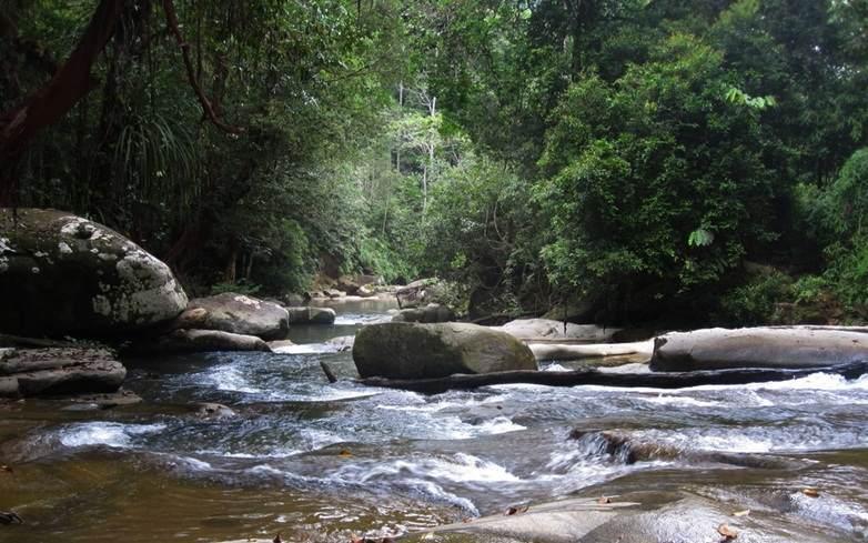Sungai walanggabeng wisata Sumber Semen Sale-Rembang