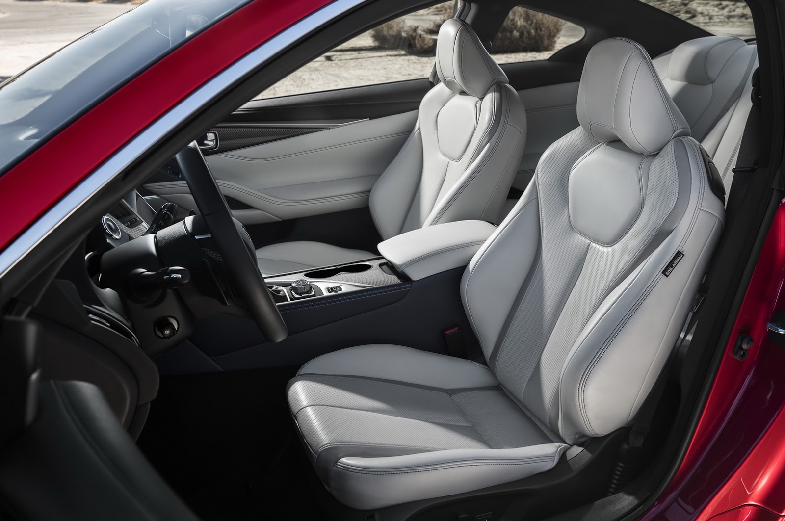 Chính thức công bố giá xe Infiniti Q60 Red Sport 400 2017