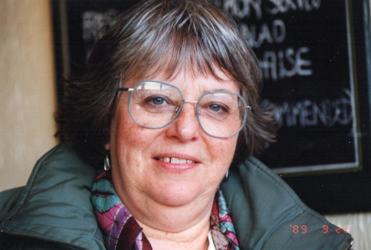 Chris hyndman hair piece - Joan Christopher Speaking To N V In Todmorden West Yorkshire