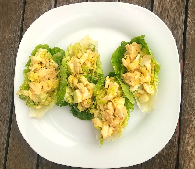 Ensaladilla de pollo baja en grasas, muy saludables