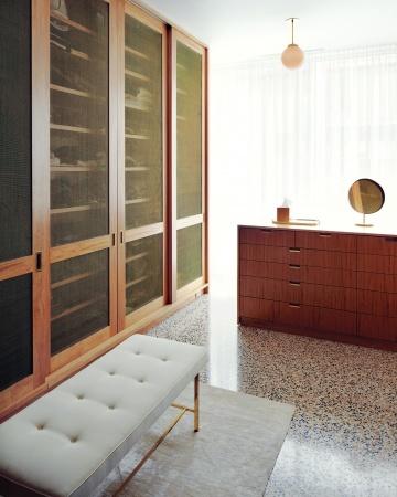 Alexis Stewart's Modern Apartment in MSL