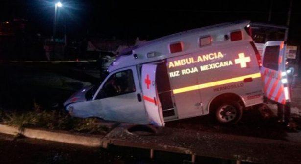"Socavón ""se traga"" ambulancia"