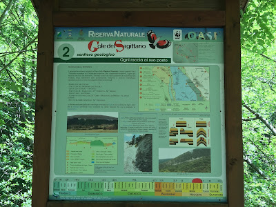 Sign on the sentierio geologico