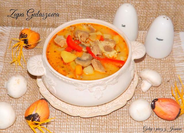 Zupa gulaszowa rozgrzewająca