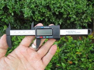 Sigmat Electrik Digital Vernier Caliper Pengukur Dimensi Batu Permata