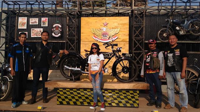 Motor Antique Club Indonesia MACI photo