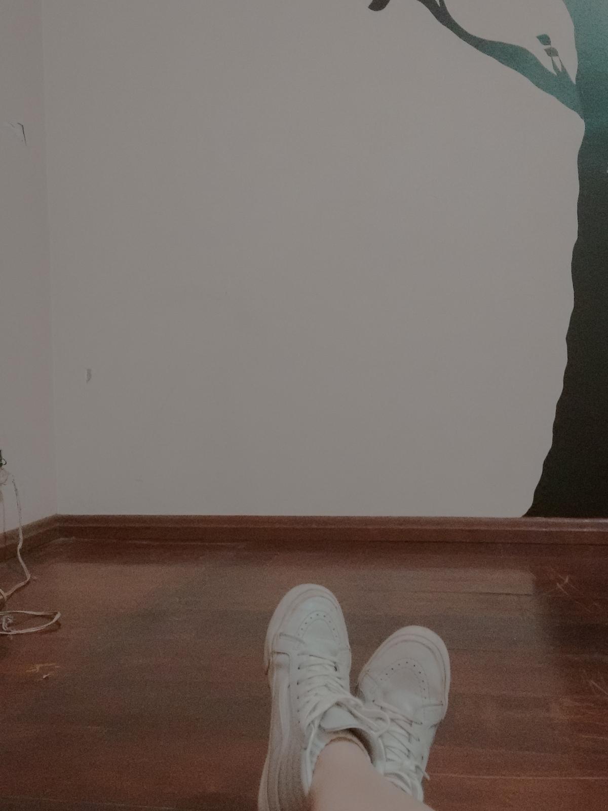 mudança sala vazia