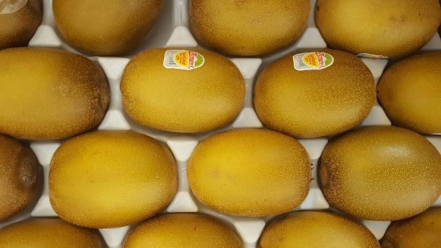 Buah Kiwi Gold