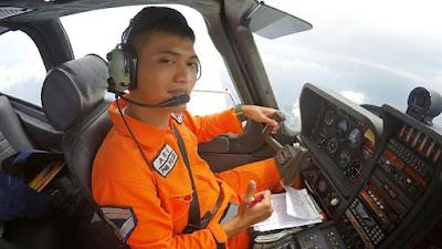Ari Bengnarly Lulusan sekolah pilot terbaik Banyuwangi.