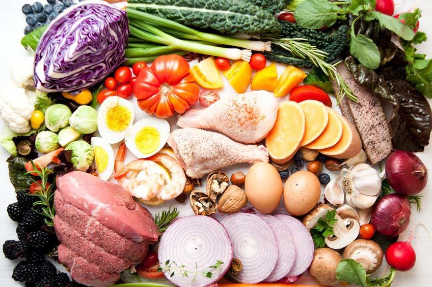 Como uma dieta cetogênica e sais BHB podem acelerar a perda de peso