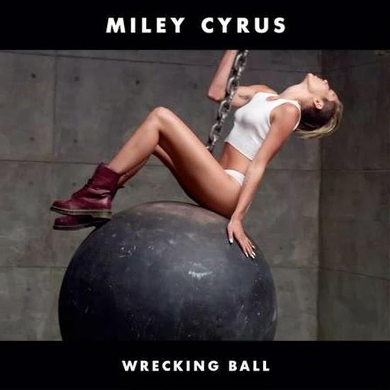 Myley Cyrus - Erros bizarros de photoshop em famosos e celebridades