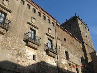 Historia y genealog a plaza de san vicente ferrer y plaza de san nicol s palacio de los - San vicente del palacio ...