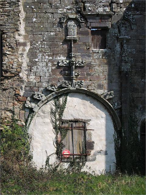 Saint-nicolas de redon chateau en ruines