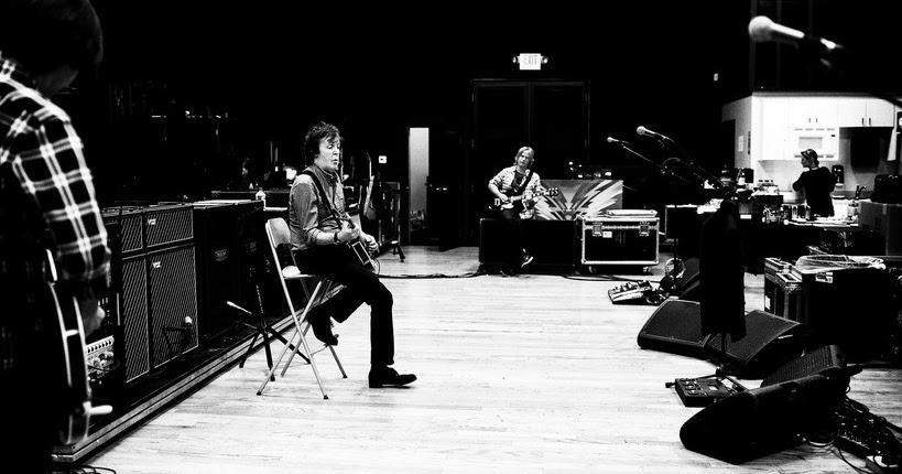McCartney: no topo do escorrega