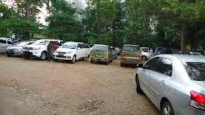 Mobil Terpaksa Parkir di Luar Ruangan? Ini Tips Agar Tidak Cepat Rusak