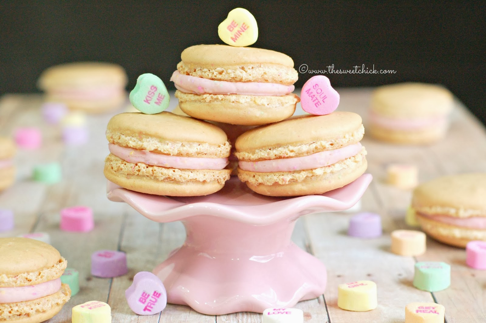 Conversation Heart Macarons @www.thesweetchick.com