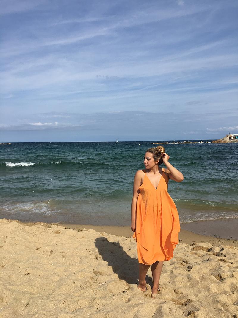 Platja Nova Icaria, Barcelona beaches, Beaches near Barcelona