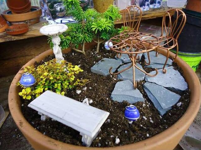 The Art of the Pot Miniature Gardens