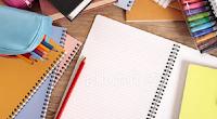 Dik23: Cadernos e lápis
