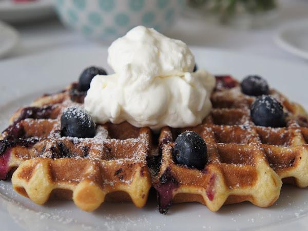 REZEPT: glutenfreie Blueberry Waffeln