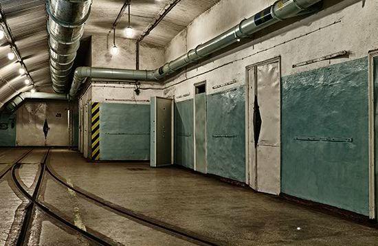 Underground Train Termina…