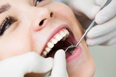 Cara Mengobati Sakit Gigi Berlubang dengan Pijatan
